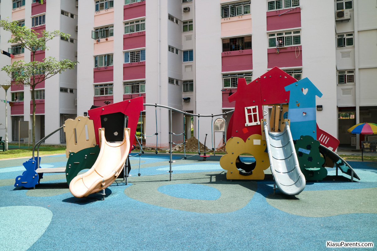 Blk 104-105 Bedok North Road Playground 02