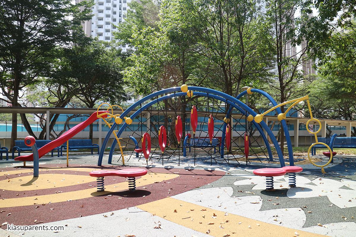 Blk 117 Bedok North Rd Playground 01