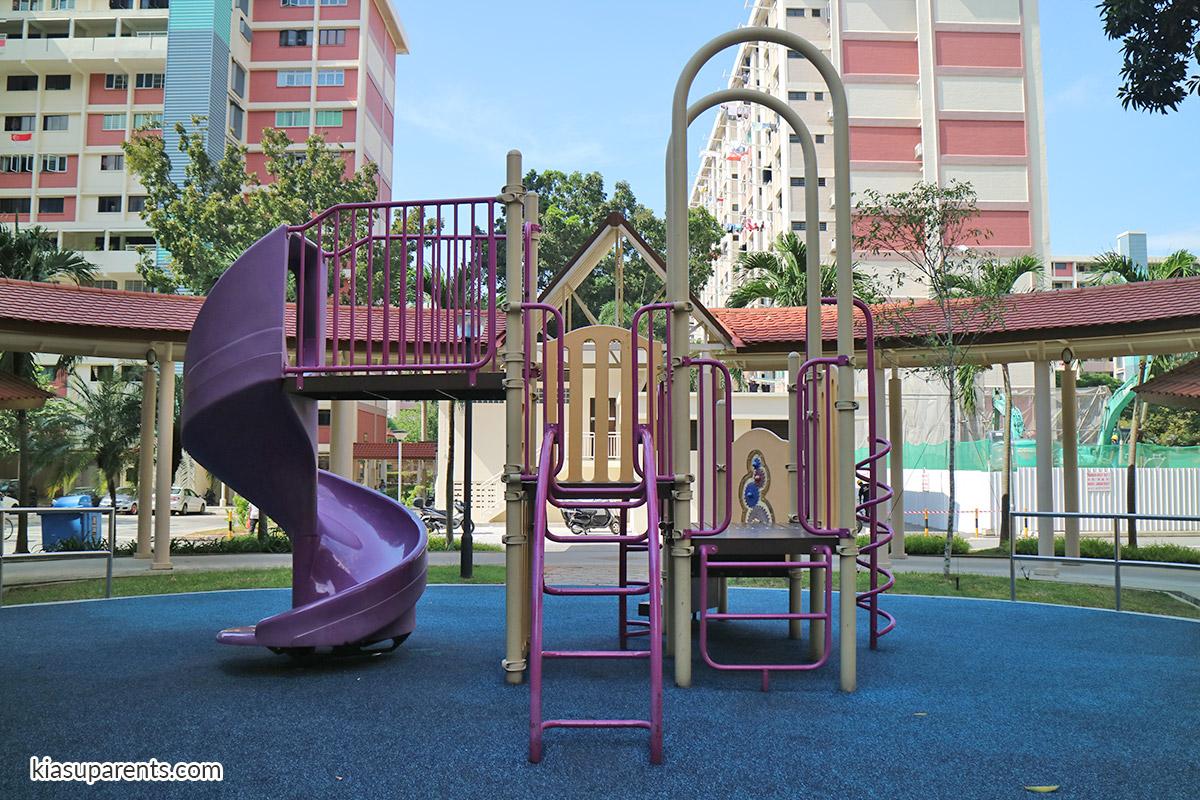 Blk 119-120 Bedok North Rd Playground 03