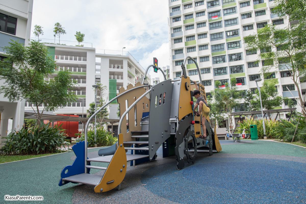 Blk 508B Yishun Ave 4 Playground 02