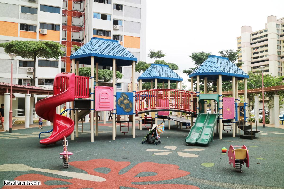 Blk 61 Upper Changi Rd Playground 01
