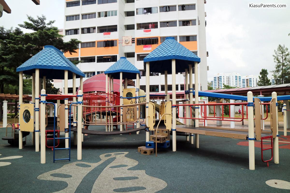 Blk 61 Upper Changi Rd Playground 04