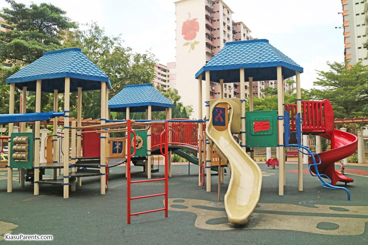 Blk 61 Upper Changi Rd Playground 05