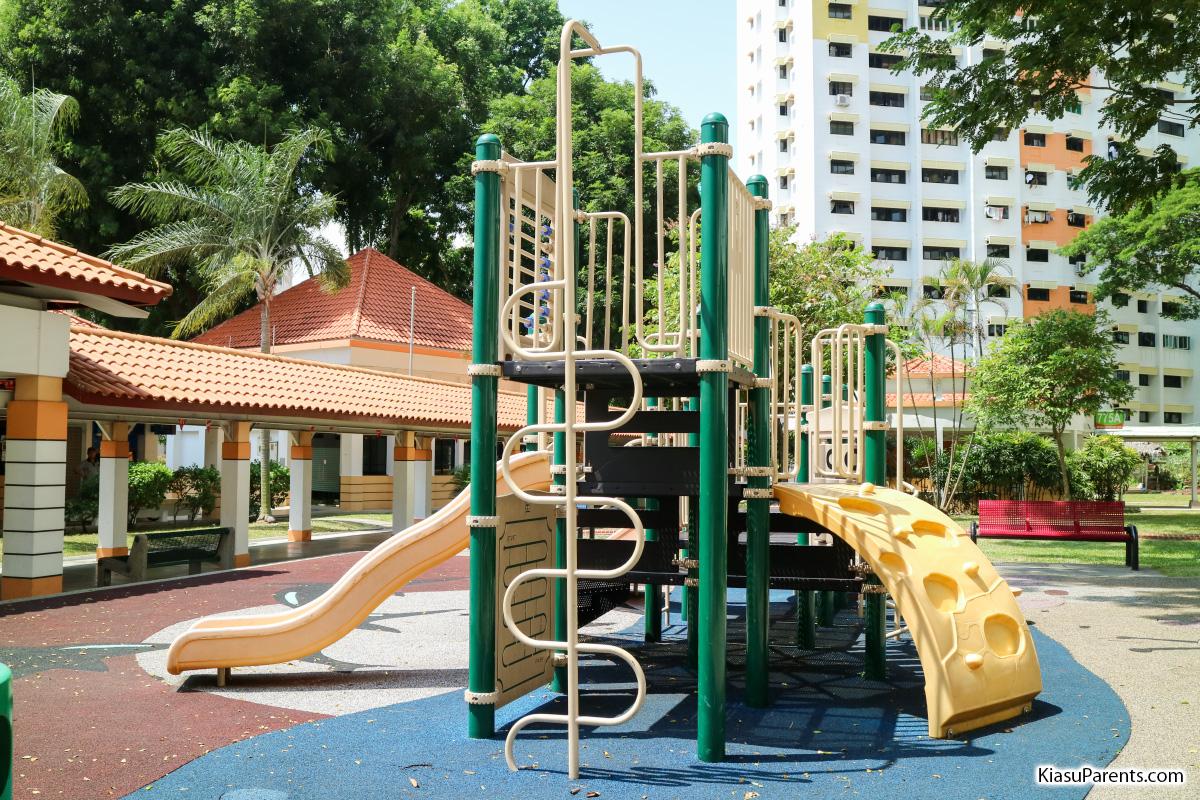 Blk 765 Bedok Reservoir View Playground 03