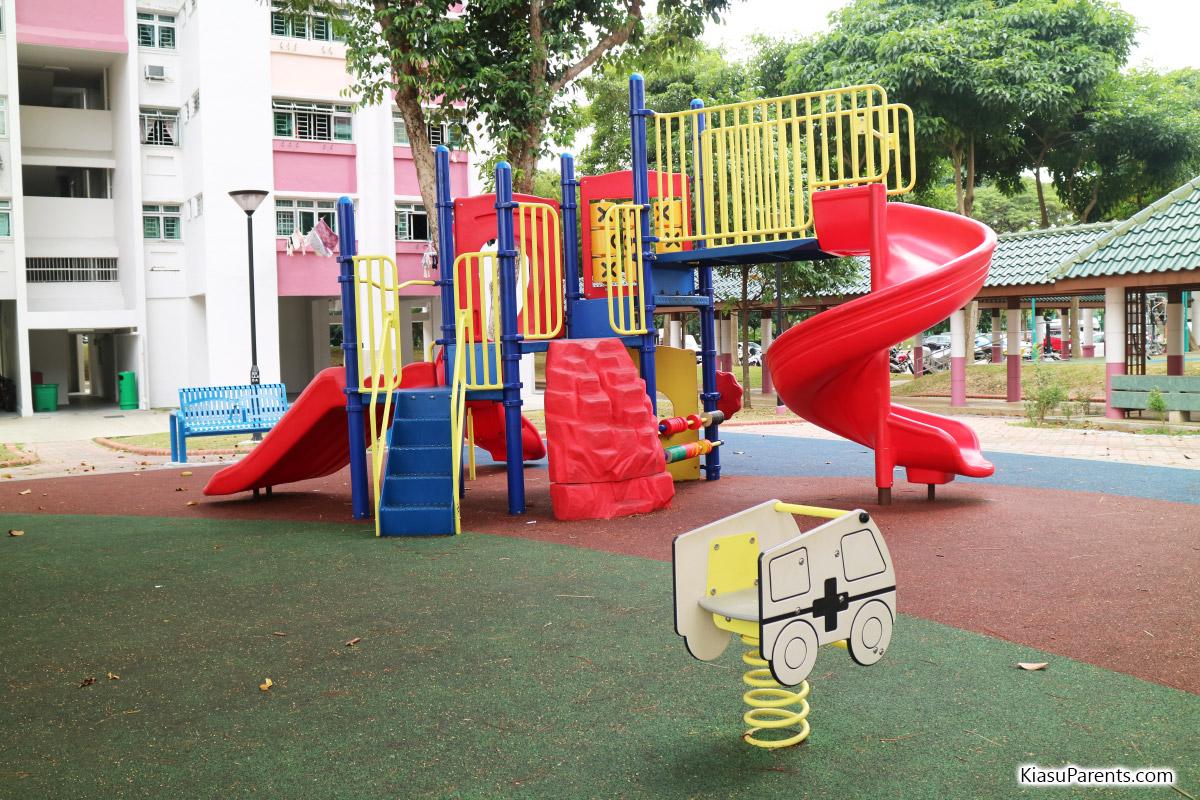 Blk 99-100 Bedok North Ave 4 Playground 03