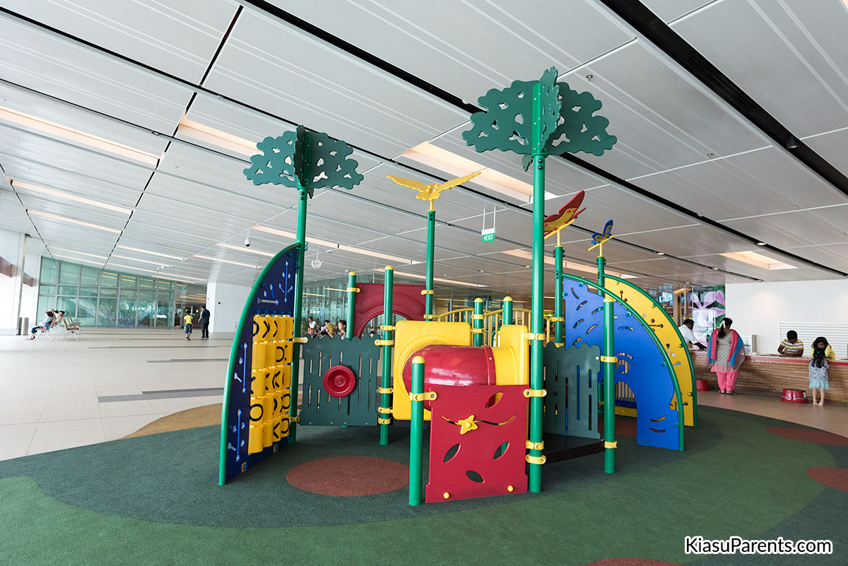 Changi Airport Terminal 1 Playground 03