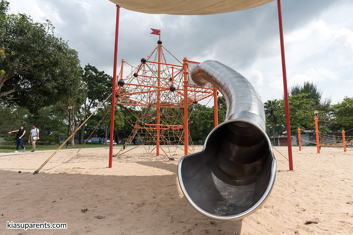 Changi Beach Playground 01