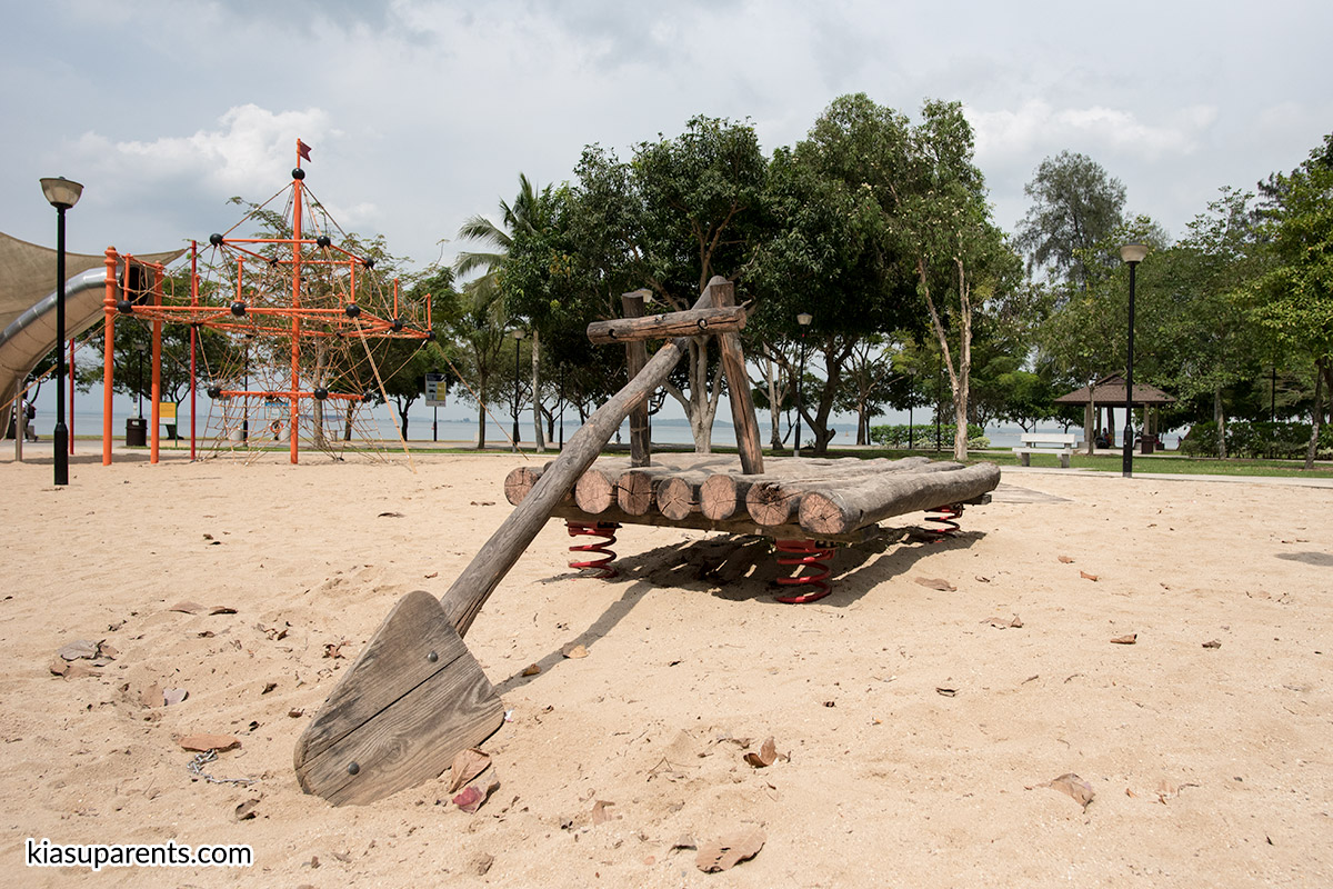 Changi Beach Playground 02