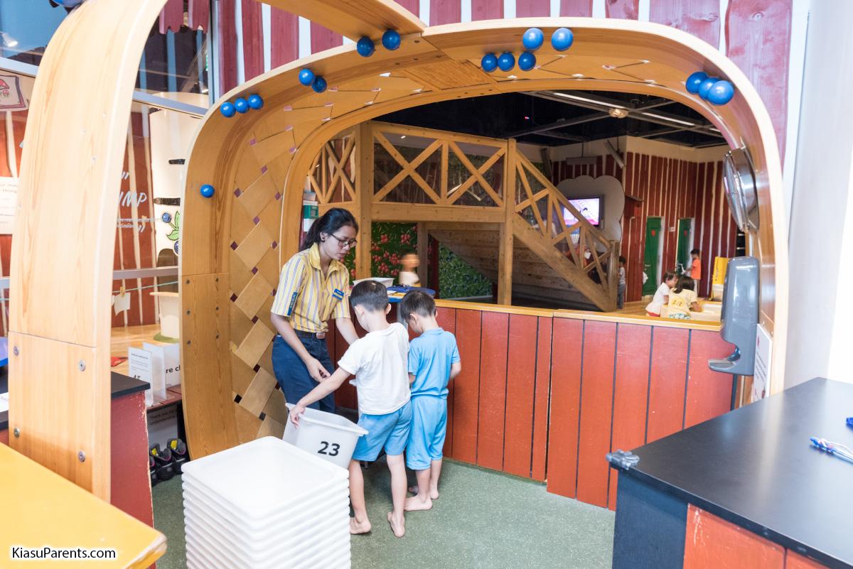 IKEA Tampines Playground Småland - KiasuParents