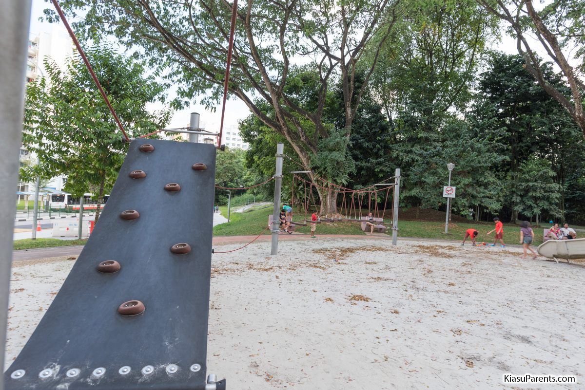 Yishun Park Playground 02