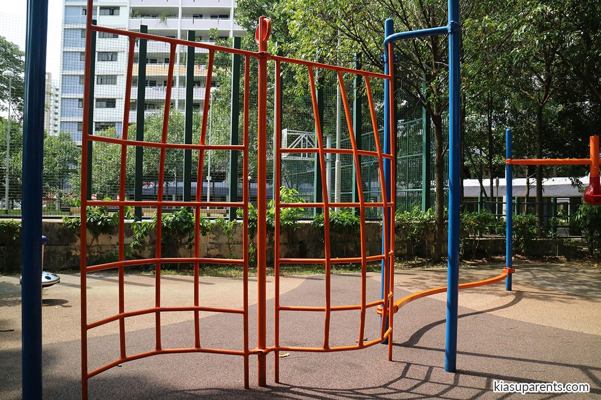 blk 115A Bedok North Rd Playground 03