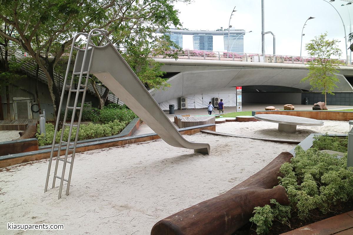 esplanade park playground 01