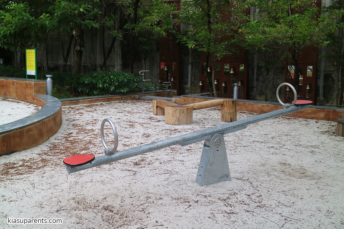 esplanade park playground 02